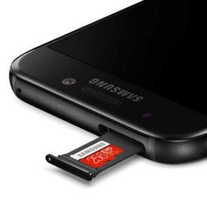Slot kart microSD w telefonie Samsung